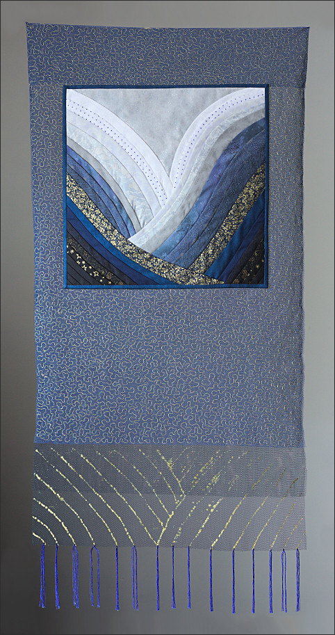 Waves 3. Art Quilt by Dorothy Russell